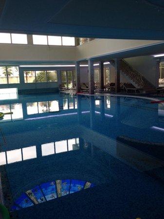 Palace Hotel Meggiorato: Piscina