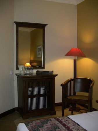 Chambre picture of aanari hotel spa flic en flac for Hotel spa chambre