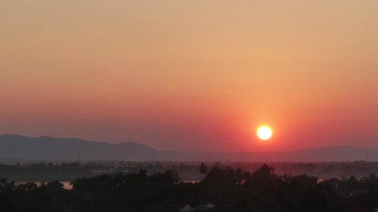 Pakse Hotel: le coucher de soleil vu de la terrasse