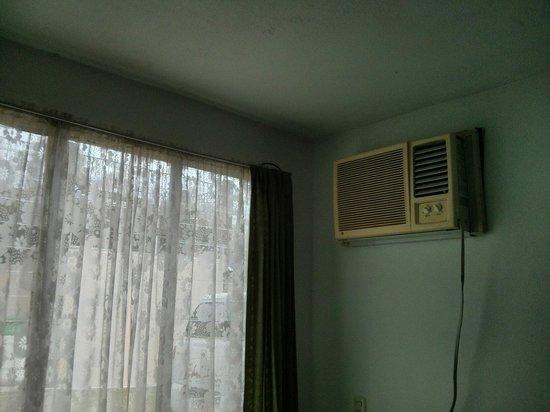Hotel Arenal Bromelias: Lair climatisée fait le boulot :-)