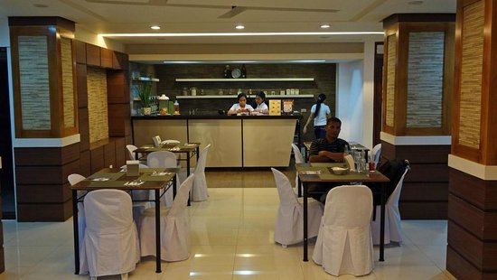 Chriscentville Hotel : Modern Restaurant