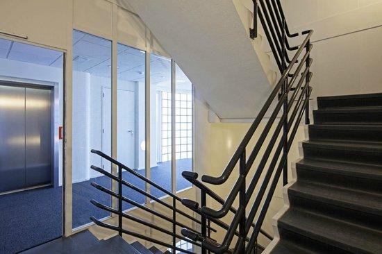 easyHotel Den Haag City Centre: Stairway
