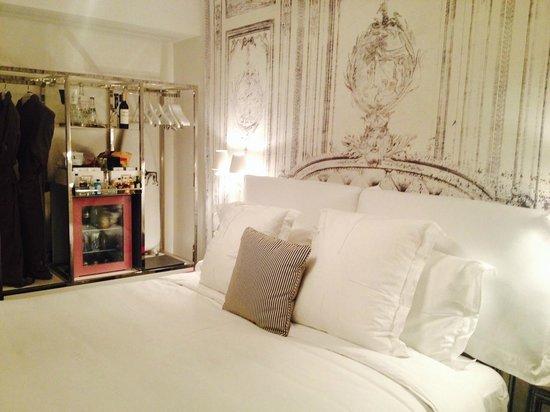 SLS South Beach: The room and wardrobe area