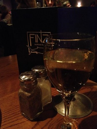 Finz Seafood & Grill : A nice glass of wine!