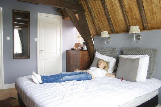 Boutique Hotel Huys van Leyden: Номер