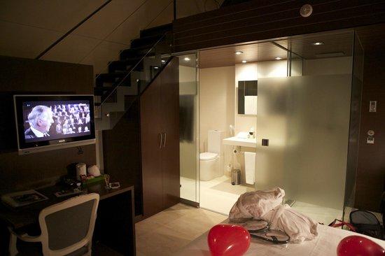 Hotel Museu Llegendes de Girona: Bathroom