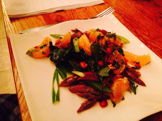 Seasons Restaurant: Duck salad