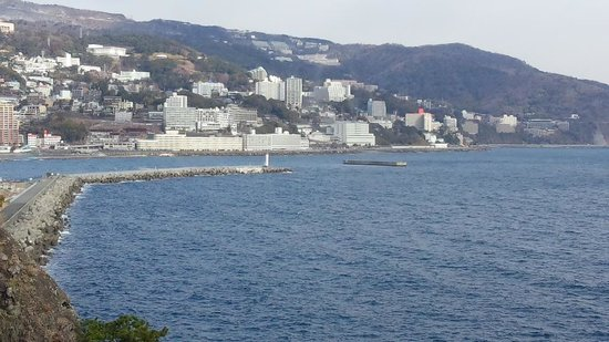 Hotel New Akao: 部屋から熱海の街が見えて、夜は夜景もキレイです