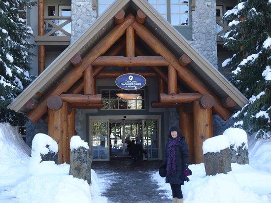 Coast Blackcomb Suites: Main Entrance