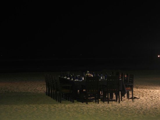 Eden Resort & Spa: Dinner on the beach