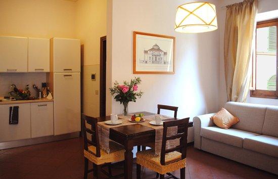 Residence La Medicea: Apt Primavera: l'angolo pranzo