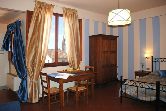 Residence La Medicea: Apt Ercole: la zona pranzo