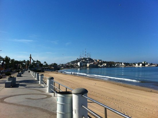 The Malecon & Playa Norte near the Fishermans Monument