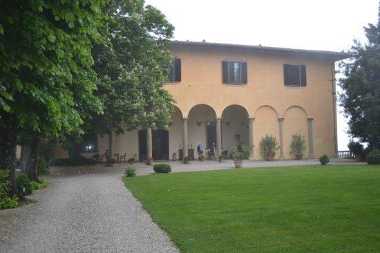 Villa il Poggiale Dimora Storica: Approach to Villa