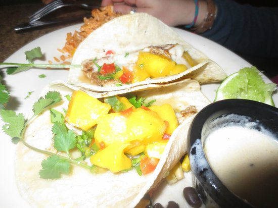 Iron Cactus Mexican Grill & Margarita Bar: Fish Tacos