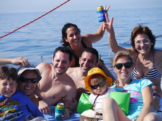 Red Dolphin Sailing Charters : Christian, Florence and family