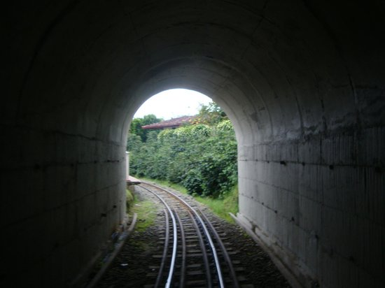 Parque del Cafe: getting out of the tunnel!