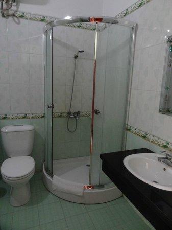 Yen Nhi Hotel: SDB