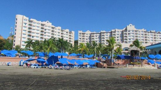 Azul Ixtapa Beach Resort & Convention Center: Vista Frente