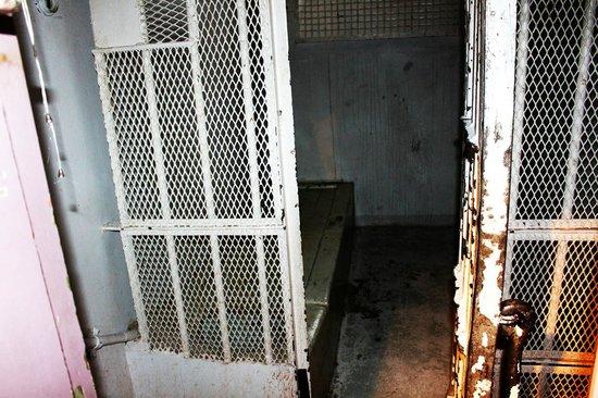 Hotel Katajanokka: An old intact isolation cell