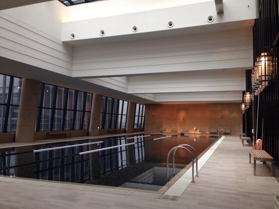 Conrad Seoul : Gorgeous pool, but the sauna costed 39,000 per person :(