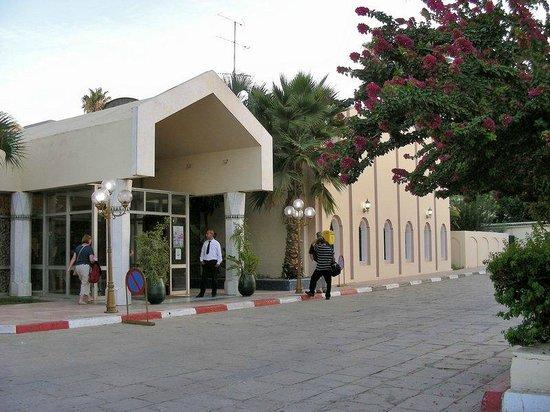 Hotel Volubilis: Front entrance