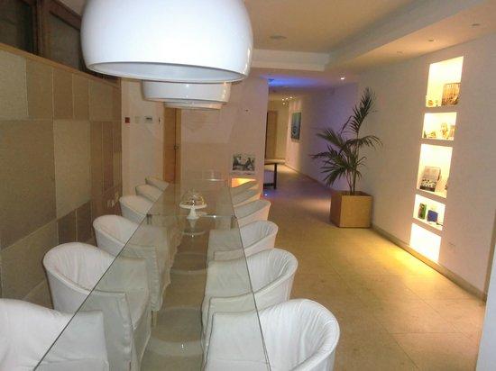 Laqua Charme & Boutique: sala colazione