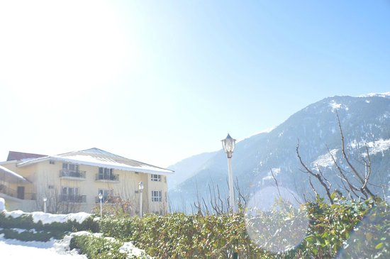 Club Mahindra Manali: exquisite view of the hotel exterior