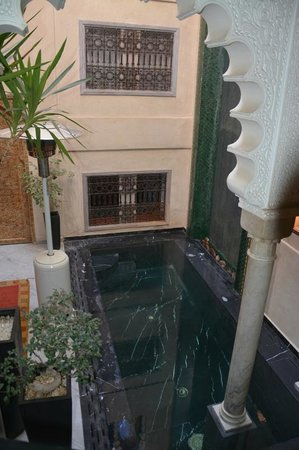 Riad Moullaoud : piscina interna