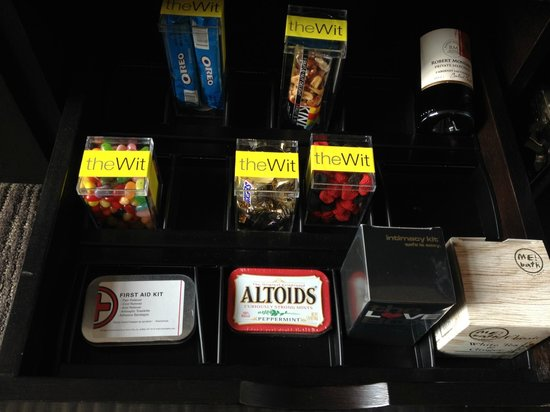 theWit - A DoubleTree by Hilton: Missing Items at Check in