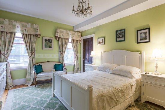 Aisling Bed And Breakfast Boston Massachusetts