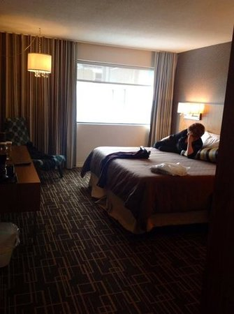 Hotel Universel Montreal : grand lit king