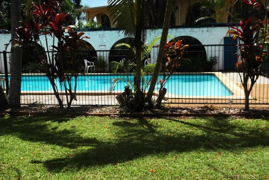 Buderim Motor Inn: The swimming pool