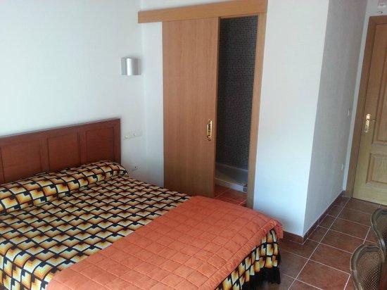 La Colina Bed & Breakfast : habitacion doble con terraza 1 o 2 camas