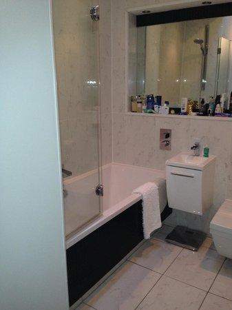 Allburys: Suite bathroom - double ended bath