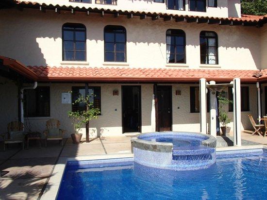 Casa MarBella : vue cour intérieur
