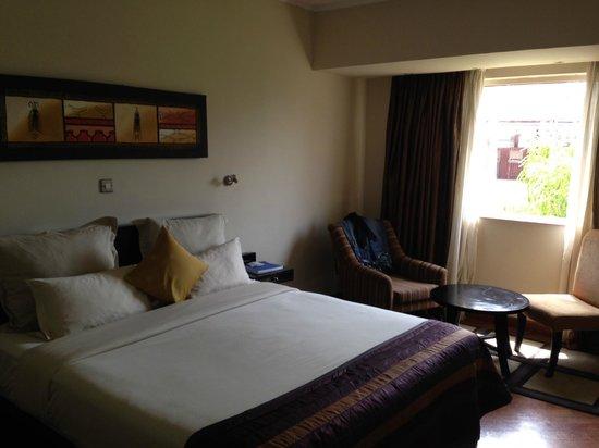 Hotel Bon Voyage: Room