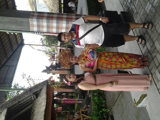 Arnata Bali Driver Private Service: Happy Malaysian Client