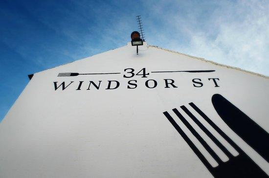 34 Windsor St Restaurant & Cocktail Bar