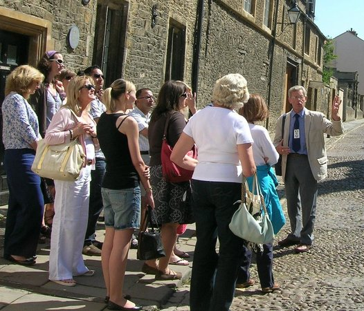 Experience Oxfordshire - Oxford Official Walking Tours
