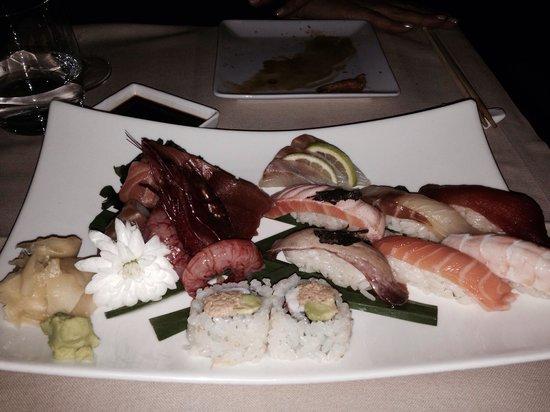 Hana Restaurant : Sushi al tartufo e sushi sashimi
