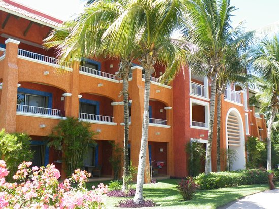 Barcelo Maya Colonial : Our Building