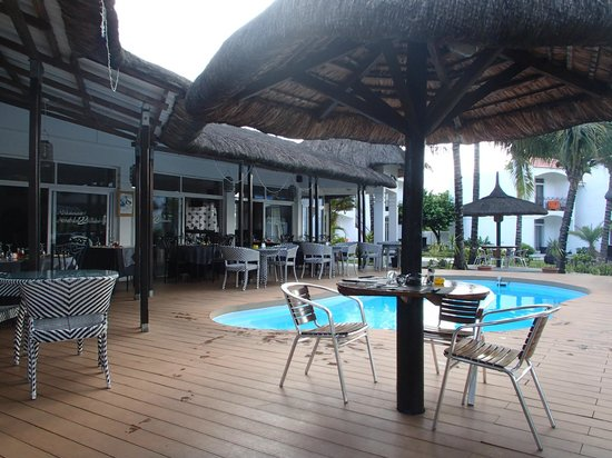 Hotel Des 2 Mondes: la petite piscine