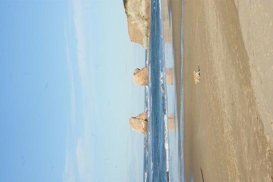 Plage d'Hendaye : Las famosas Rocas de Roldán desde la playa
