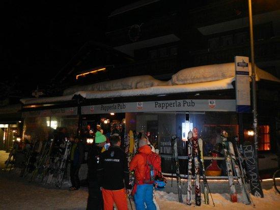 Papperla Pub: Seen from outside