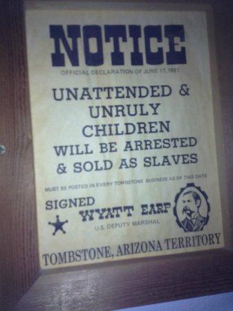 Larian Motel: Fun picture in The Wyatt Earp room