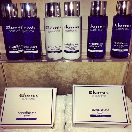 The Royal Horseguards : Elemis Bathroom Goodies