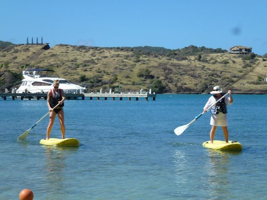 St. James's Club & Villas: watersport! for free!