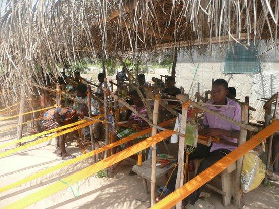 Ghana Nima Tours: Kente weaving village in the volta region.
