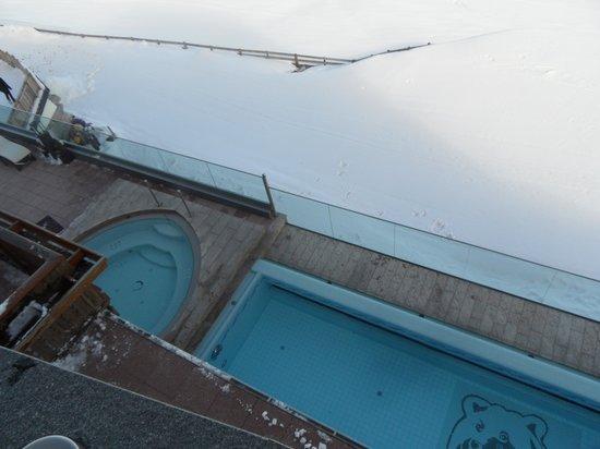 Baerenhotel : piscina e idromasaggio esterne